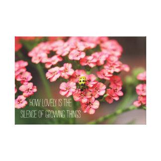 Citações das flores do rosa do inseto do amarelo impressão em tela