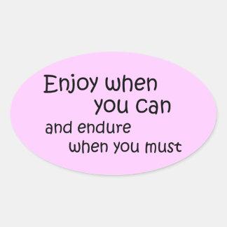 Citações inspiradores das etiquetas cor-de-rosa adesivo oval