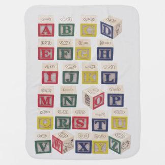 Cobertor Para Bebe Carta de blocos do alfabeto na cobertura cinzenta
