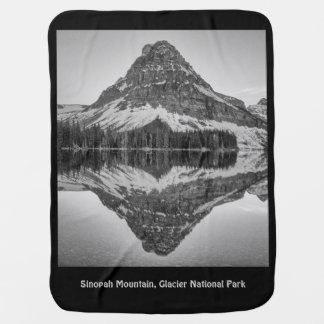Cobertor Para Bebe Design da reflexão da montanha de Sinopah