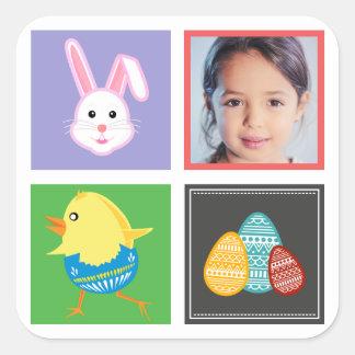 Coelhinhos da Páscoa e foto bonitos coloridos do Adesivo Quadrado