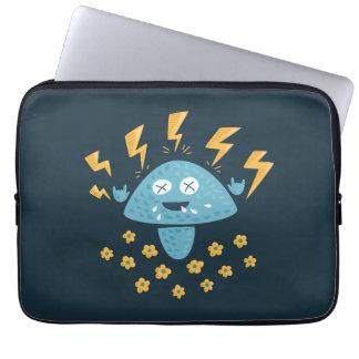 Cogumelo engraçado do metal pesado dos desenhos capa para notebook
