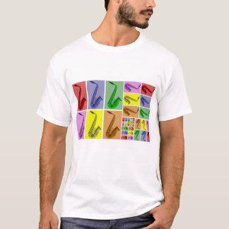 Colagem do teste padrão colorido dos saxofones camiseta