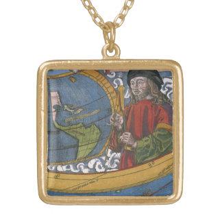 Colar Banhado A Ouro Mapa dos Americas com explorador Amerigo Vespucci