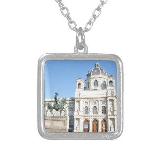 Colar Banhado A Prata Arquitetura em Viena, Áustria
