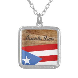 Colar Banhado A Prata Bandeira porto-riquenha