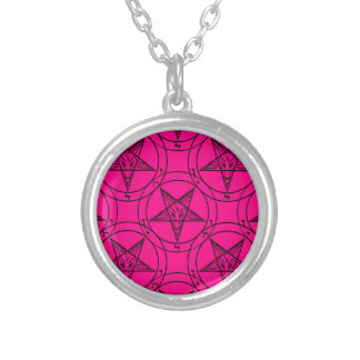 Colar Banhado A Prata baphomet cor-de-rosa