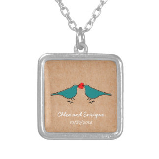 Colar Banhado A Prata Bluebirds e casamento do coração do amor