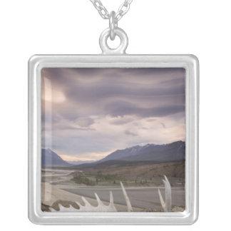 Colar Banhado A Prata Canadá, Columbia Britânica, território yukon,