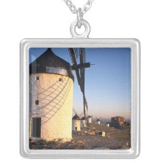 Colar Banhado A Prata Consuegra, La Mancha, espanha, moinhos de vento