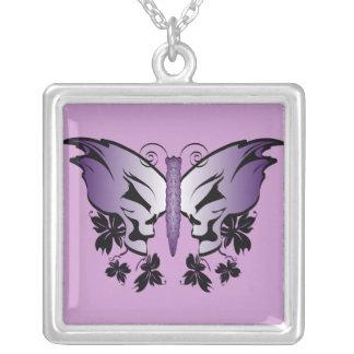 Colar Banhado A Prata Crânio da borboleta - roxo