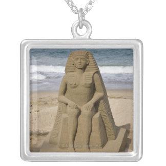 Colar Banhado A Prata Design egípcio