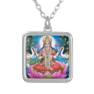 Colar Banhado A Prata Deusa de Lakshmi de amor, de prosperidade, e de
