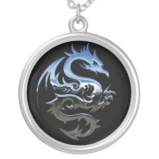 Colar Banhado A Prata Dragão de prata abstrato moderno