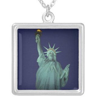 Colar Banhado A Prata Estátua da liberdade, New York, EUA 6