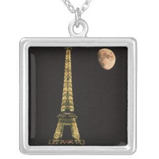 Colar Banhado A Prata France, Paris. Torre Eiffel na noite com