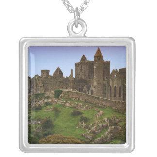 Colar Banhado A Prata Ireland, Cashel. Ruínas da rocha de Cashel 2