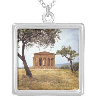 Colar Banhado A Prata Italia, Sicília, Agrigento. As ruínas dos 2