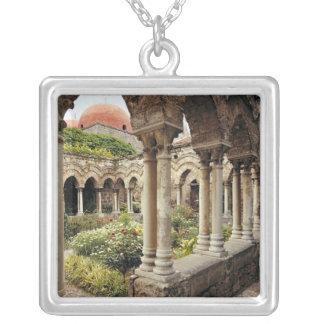 Colar Banhado A Prata Italia, Sicília, Palermo. Os claustros sobrevivem