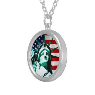 Colar Banhado A Prata New York (NY) EUA - A estátua da liberdade