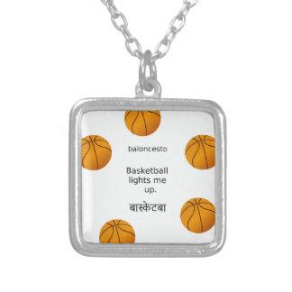 Colar Banhado A Prata O basquetebol ilumina-me acima com espanhol e
