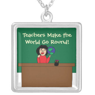 Colar Banhado A Prata Os professores fazem o mundo ir circularmente