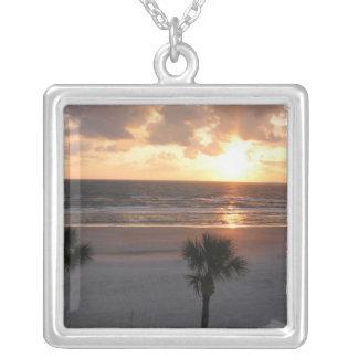 Colar Banhado A Prata Palm Beach do nascer do sol
