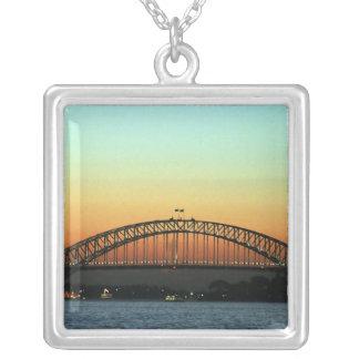 Colar Banhado A Prata Por do sol sobre a ponte de porto de Sydney,