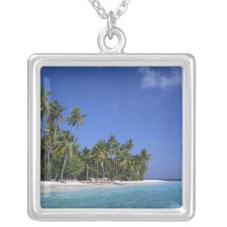 Colar Banhado A Prata Praia com palmeiras, Maldives