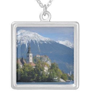 Colar Banhado A Prata Slovenia, sangrado, lago sangrado, ilha sangrada,