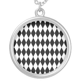 Colar Banhado A Prata Teste padrão preto & branco do Harlequin do