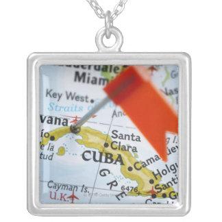 Colar Banhado A Prata Trace o pino colocado em Havana, Cuba no mapa,