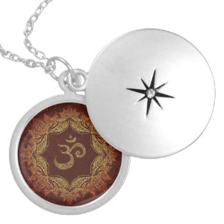 Colar Medalhão Locket do indiano do OM