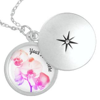 Colar Medalhão Orquídeas personalizadas