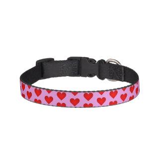 Coleira de cão com corações