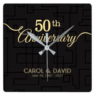 Comemorando o 50th aniversário. Customizable. Relógio Quadrado