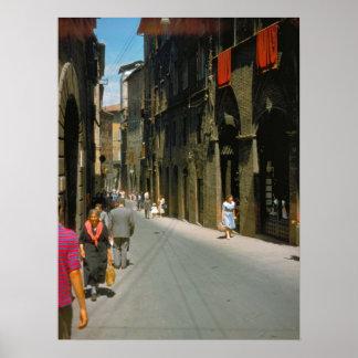 Como comprando a rua na cidade posteres