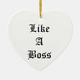 Como um chefe ornamento de cerâmica coração