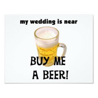 Compre-me um despedida de solteiro da cerveja convite 10.79 x 13.97cm