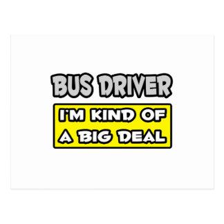 Condutor de autocarro. Tipo de I'm de uma grande Cartão Postal
