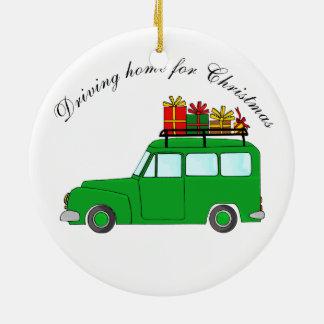 """""""Conduzindo em casa para caminhão do Natal"""" com Ornamento De Cerâmica"""