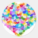 Confetes do coração do arco-íris adesivo redondo