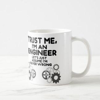 Confie-me, mim são um engenheiro engraçado caneca de café