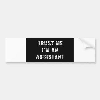 Confie que eu mim é um assistente adesivo para carro