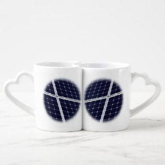 Conjunto De Caneca De Café Imagem de um painel de energias solares engraçado