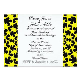 Convite (amarelo) do casamento do marfim das novas