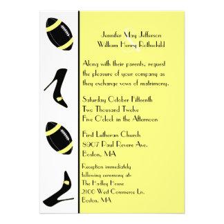 Convite amarelo preto do casamento do futebol