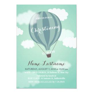 Convite azul do batismo do balão de ar quente