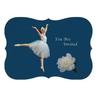 Convite, bailarina na peônia azul, branca