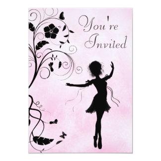 Convite bonito do aniversário da bailarina e das